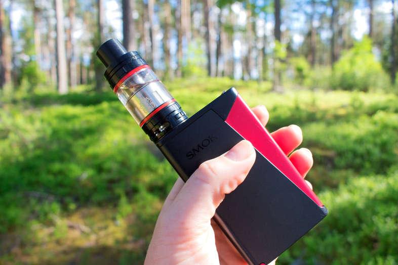Best electronic cigarette for vaping e-liquid 2
