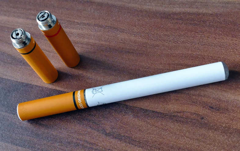 Electronic cigarette: average price and main characteristics of the best 2